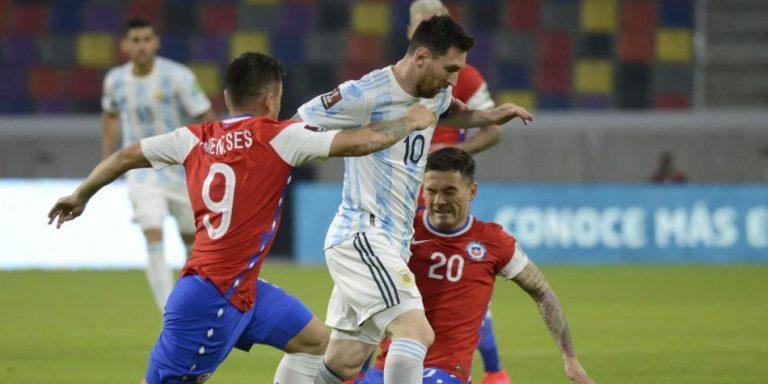 Empate entre Argentina y Chile en su debut dentro de la Copa América