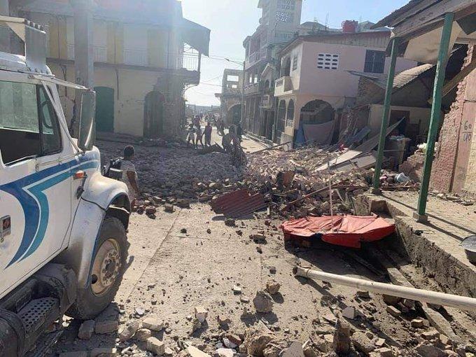 Haití devastado por un sismo de 7.2 grados